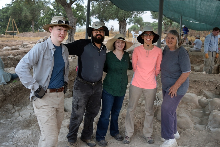 Excavation team at Shikhin